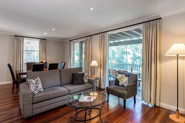 large living area in 2 bedroom villa with hunter valley balcony views
