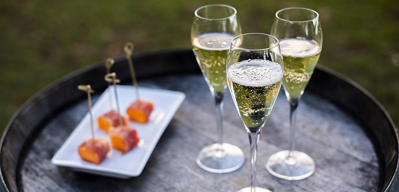 Event Champagne and refreshment at Oaks Cypress Lakes Resort