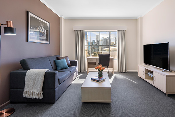 Oaks Sydney Goldsbrough Suites 1 Bedroom City Skyline