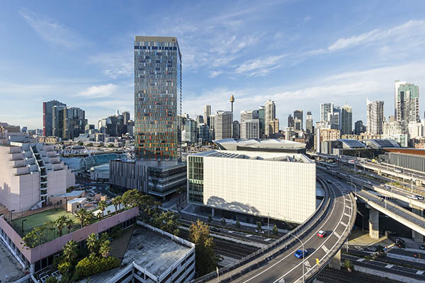 2 bedroom hotel apartment walking distance to Darling Harbour with views of city and modern furniture