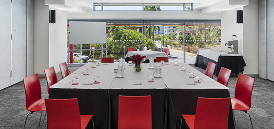 large conference venue for hire in Darwin close to Convention Centre