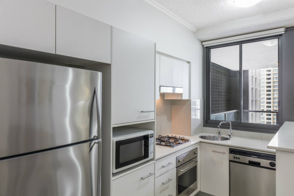 Oaks 212 Margaret hotel in Brisbane city with modern kitchen in 2 bedroom apartment including microwave, refrigerator and oven