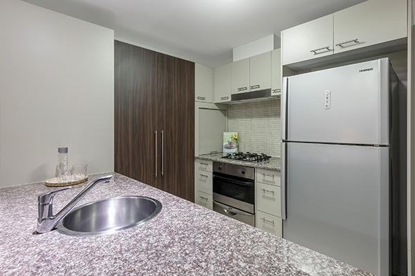 Oaks Brisbane Aurora Suites 1 Bedroom Apartment River View