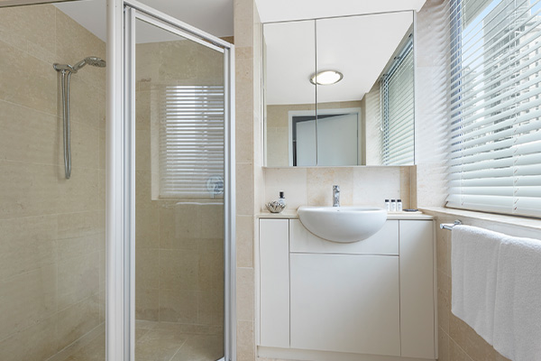 en suite bathroom at 3 bedroom apartment on Brisbane River