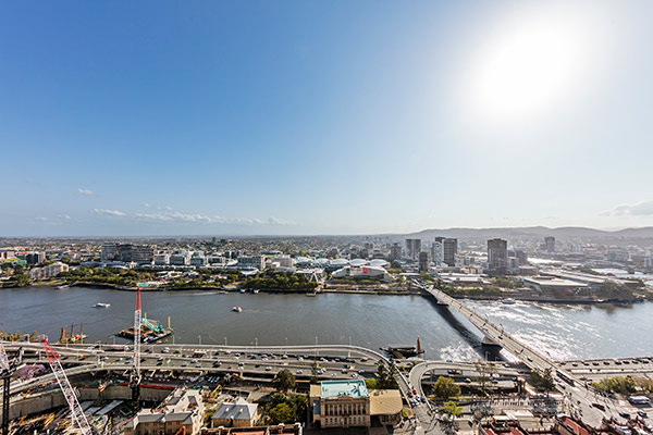 Oaks Brisbane Casino Tower Suites 3 Bedroom Apartment Views of Brisbane River and Southbank