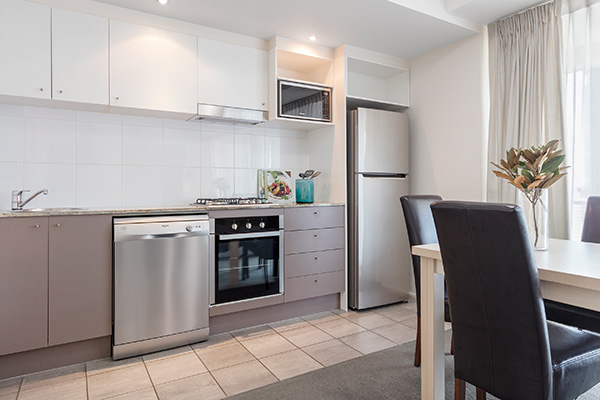 Oaks Brisbane Felix Suites 1 Bed Apartment fully equipped kitchen