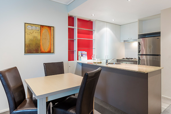 Oaks Brisbane Felix Suites 2 Bed Apartment Fully equipped Kitchen and dining area