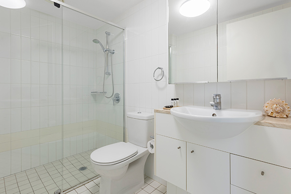 bathroom two with shower at Oaks Brisbane on Felix Suites 2 Bedroom Story Bridge View