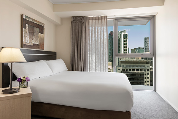 Oaks Brisbane Felix Suites 3 Bed Apartment Bedroom 2 with city view