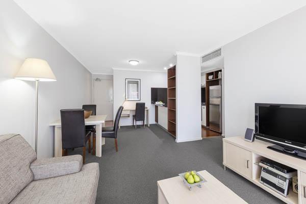 Oaks Brisbane Lexicon Suites 1 Bedroom Executive Living