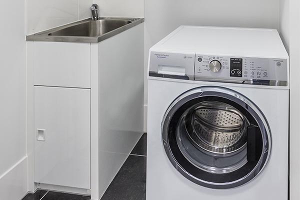 Oaks Brisbane Woolloongabba 2 Bedroom Executive Laundry