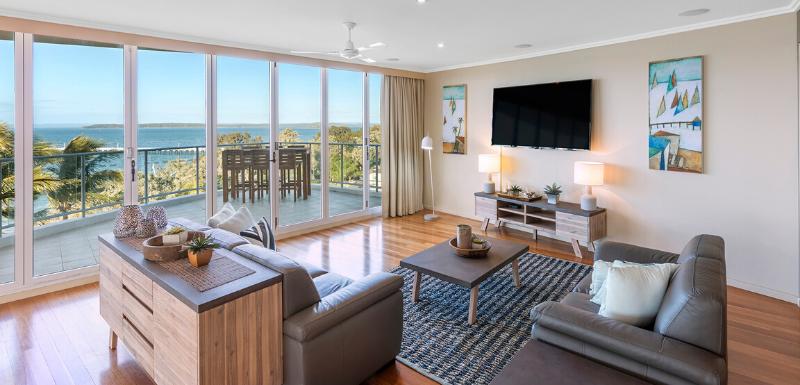 Oaks Resort and Spa Hervey Bay Suite