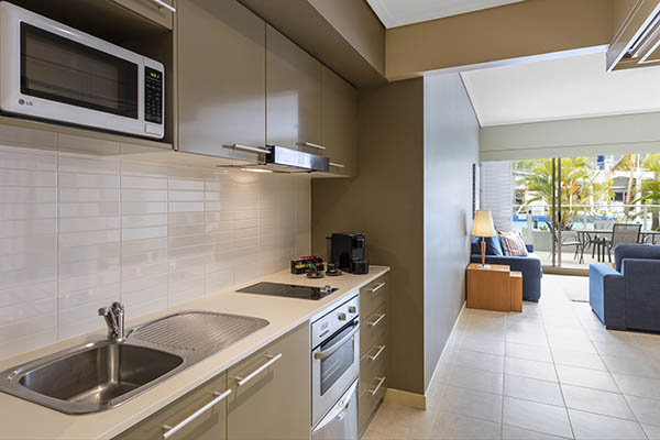Oaks Resort Spa Hervey Bay 1 Bedroom Ocean View Kitchen