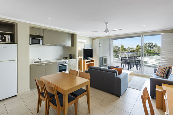 Oaks Resort Spa Hervey Bay 3 Bedroom Pool View Living Room