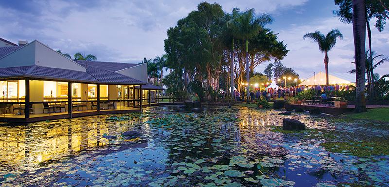 wedding venues sunshine coast weddings at oaks oasis resort. Black Bedroom Furniture Sets. Home Design Ideas