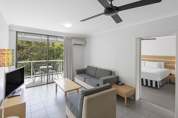 Oaks Resort Port Douglas lounge room holiday apartment