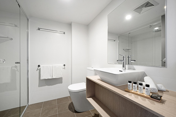 Oaks Toowoomba Hotel Three Bedroom Dual Key