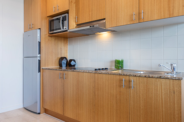 Oaks Melbourne on Market Hotel 2 Bedroom Premium Kitchen