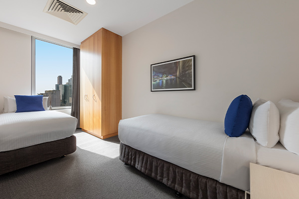 Oaks Melbourne on Market Hotel 2 Bedroom View Bedroom