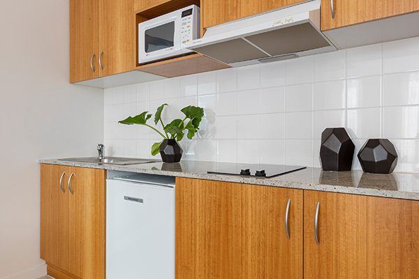 Oaks Melbourne on Market Hotel Studio View Kitchen