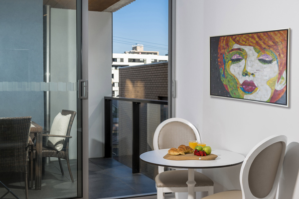 1 person Studio apartment in South Yarra hotels with private balcony outside at Oaks South Yarra in Melbourne city, Victoria, Australia