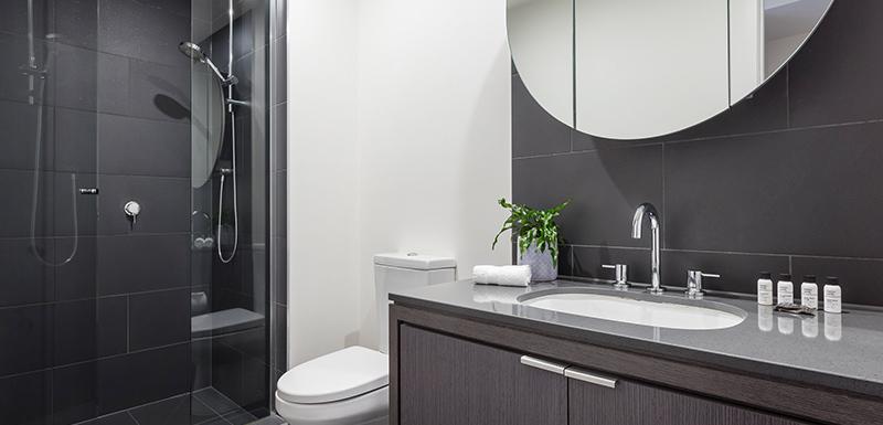 Oaks WRAP on Southbank Bathroom