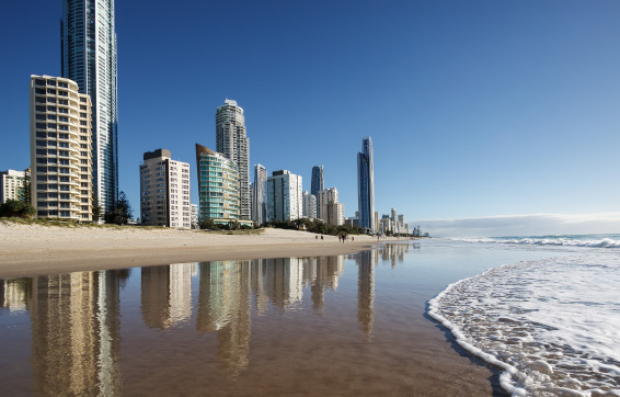 Surfers Paradise beach in Gold Coast in Australia near Oaks Hotels