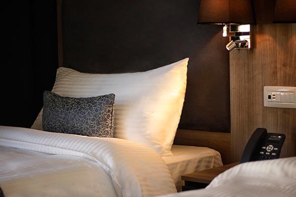 Oaks Beirut Hotel - Oaks Deluxe Room