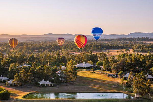 Oaks Hot Air Balloon over Hunter Valley near Oaks Cypress Lakes Resort