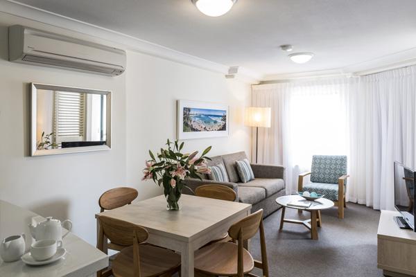 Coolangatta Resort Gold Coast Hotel Apartments By Oaks