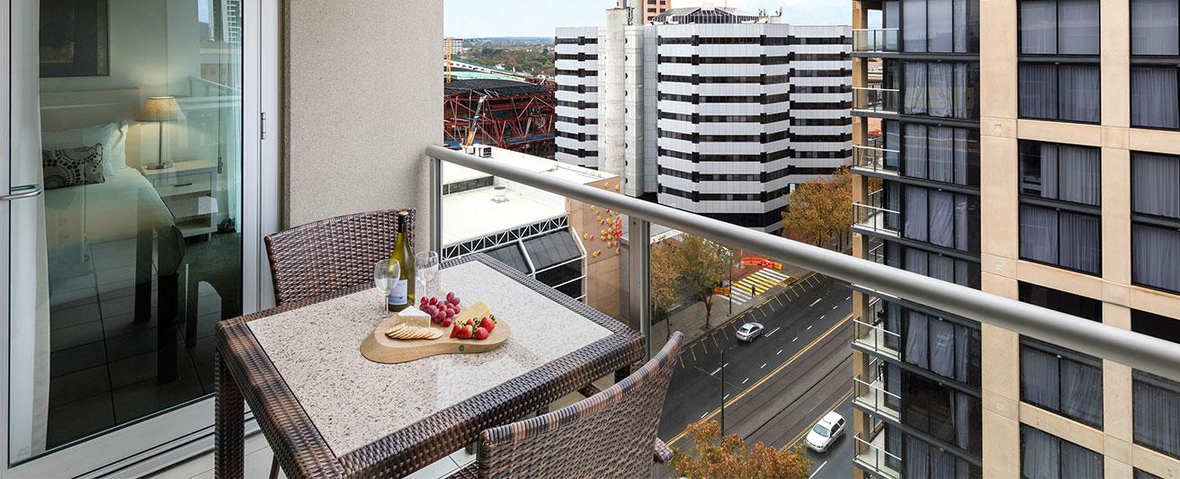 serviced apartments adelaide oaks embassy official site. Black Bedroom Furniture Sets. Home Design Ideas