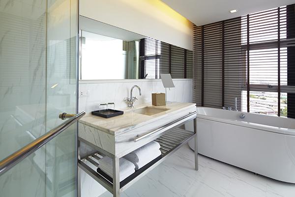 Clean And Spacious Apartment In Bangkok