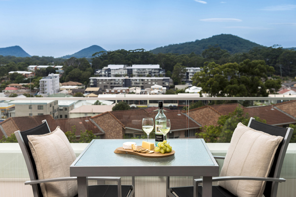 Port Stephens hotels with balcony at one bedroom hotel apartment accommodation with mountain views of Tomaree National Park NSW